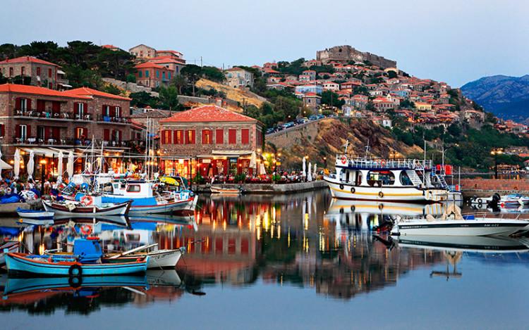 skal man rejse til grækenland