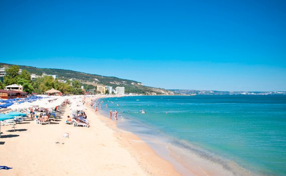 Golden Sands Strand