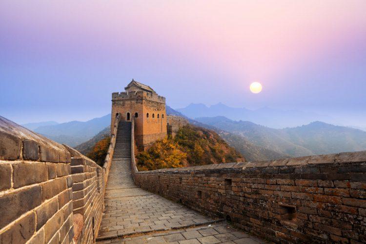 Mange af tårnene på den kinesiske mur har navn efter de familier som har været med til, at bygge tårnet.